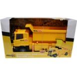 Bau LKW Kipper Scania 42cm mit Licht u.Ton Batteriebetrieben